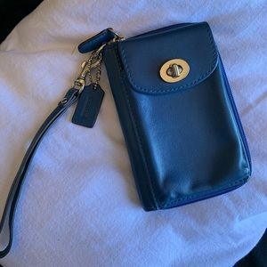 COACH CELLPHONE WRISTLET/WALLET